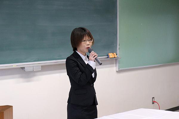 外部審査員の村上由香さん